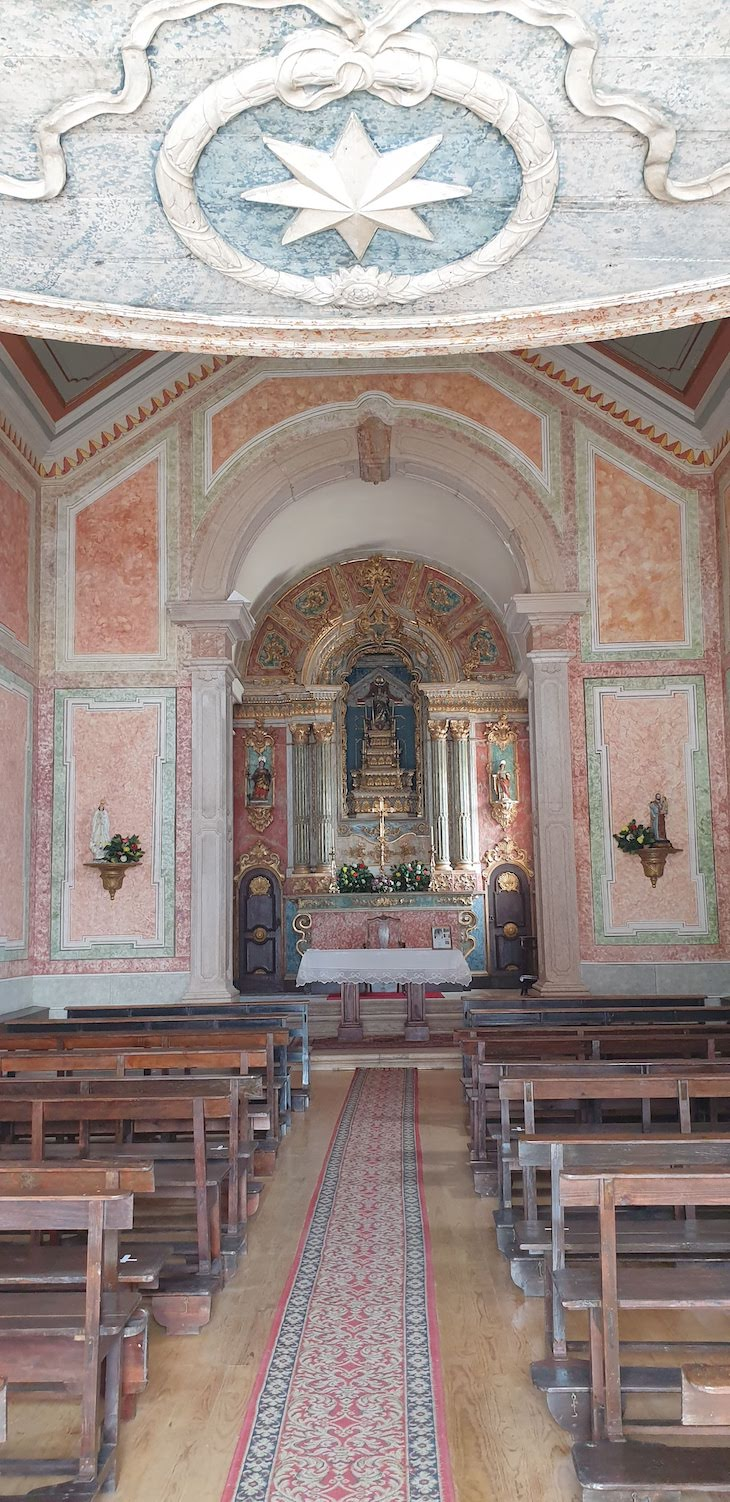 Igreja de Santa Marta - Ericeira - Portugal © Viaje Comigo