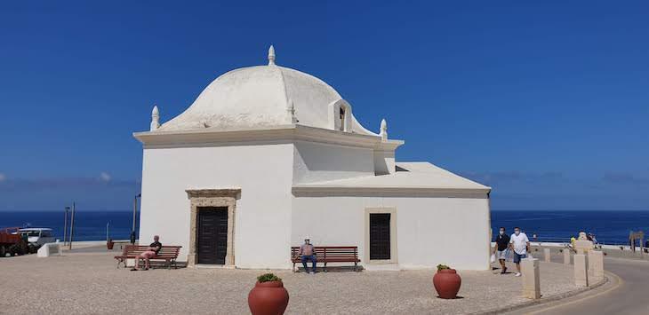 Capela de São Sebastião, Ericeira - Portugal © Viaje Comigo