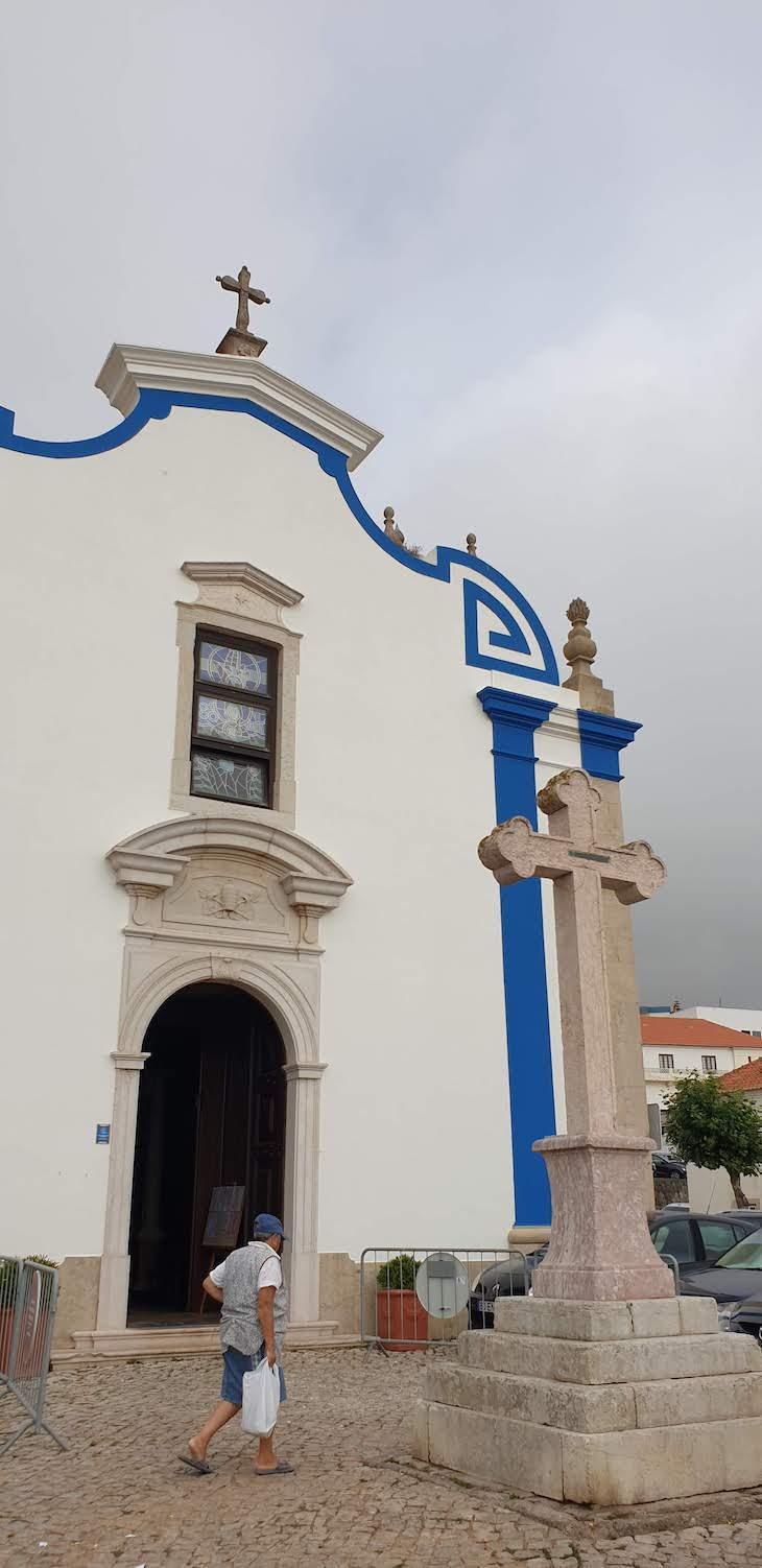 Igreja São Pedro, Ericeira - Portugal © Viaje Comigo