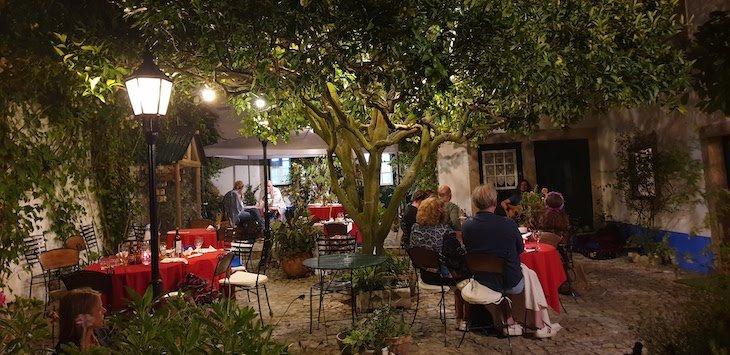 Restaurante Pretencioso - Óbidos - Portugal © Viaje Comigo