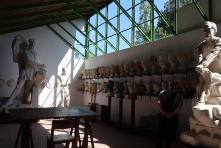 No Atelier Museu António Duarte - Caldas da Rainha - Portugal © Viaje Comigo