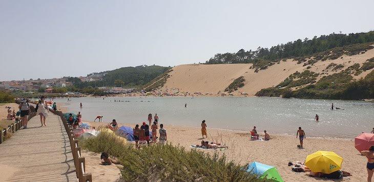 Duna e praia de Salir do Porto - Portugal © Viaje Comigo